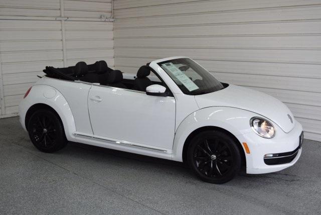 Volkswagen Beetle Convertible 2.0 TDI 2015