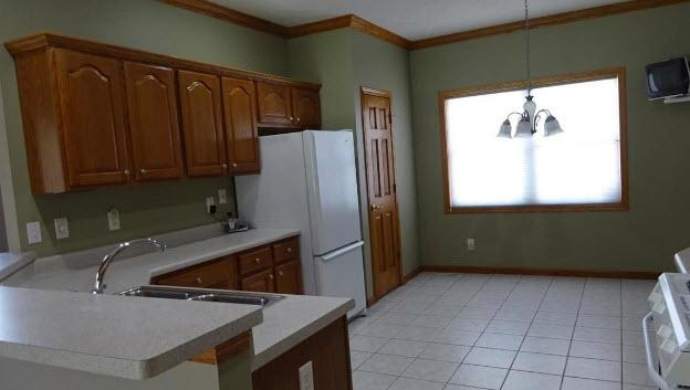 Adorable 3 bedroom, 2 bath cottage located in the heart