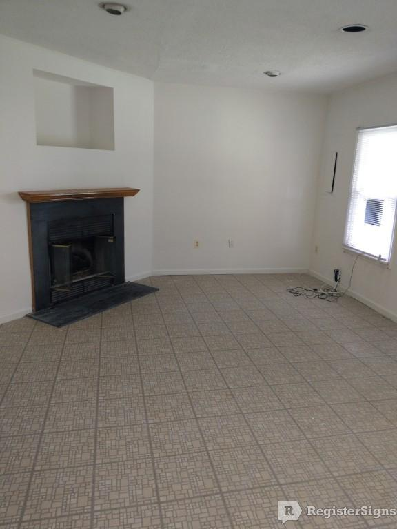 $2195 Three bedroom Townhouse for rent