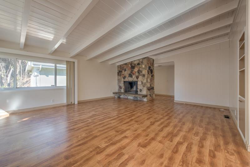 $4395 Three bedroom Apartment for rent