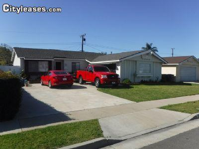 $2895 Three bedroom Townhouse for rent