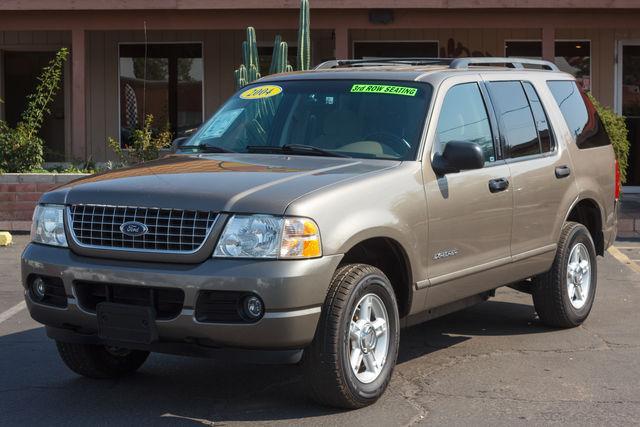 Ford Explorer 4d Wagon XLT 2004