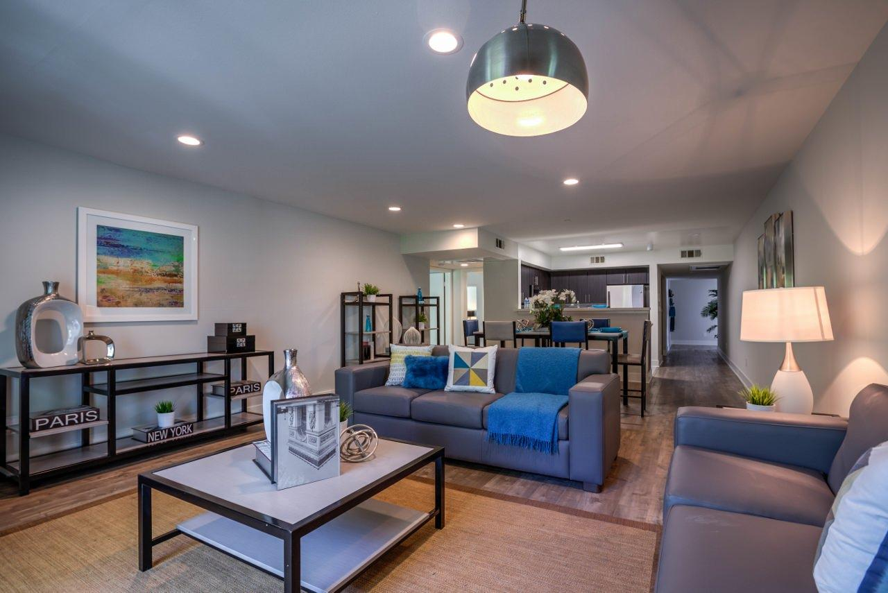 $1045 Five+ bedroom Apartment for rent