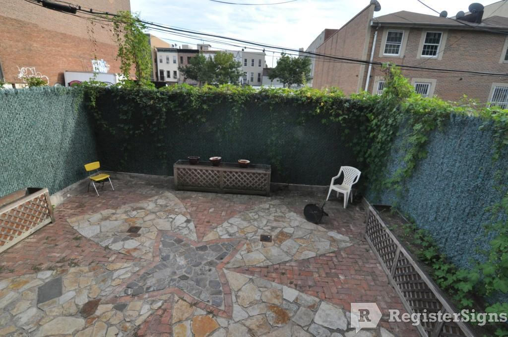 $1800 Two bedroom House for rent