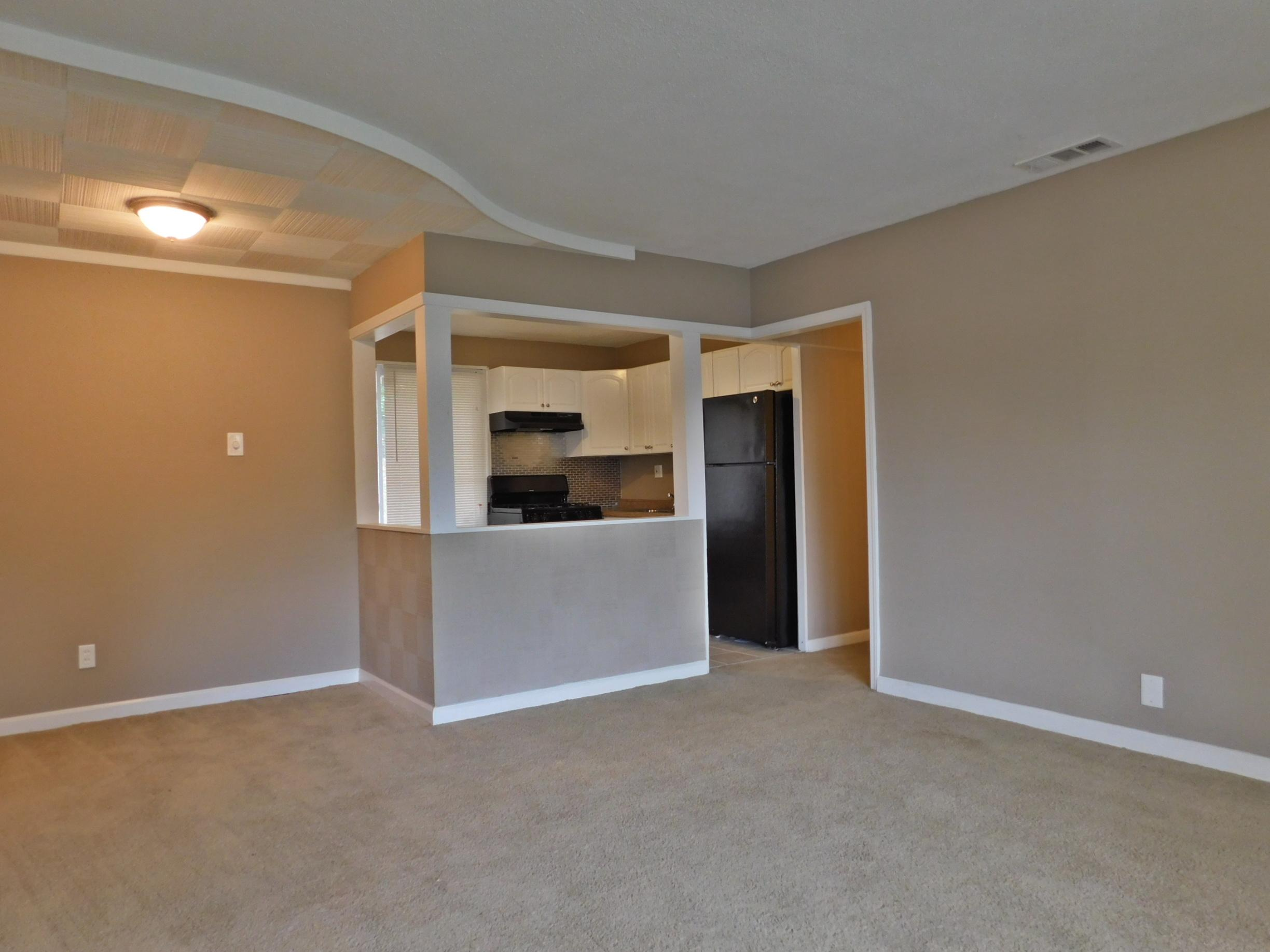 $965 Three bedroom Apartment for rent