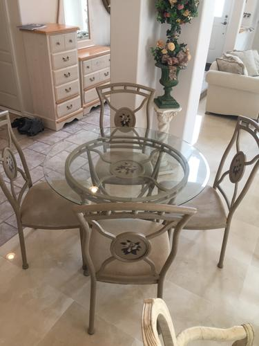 GLASS TOP  METAL DINETTE SET - Great Condition!!