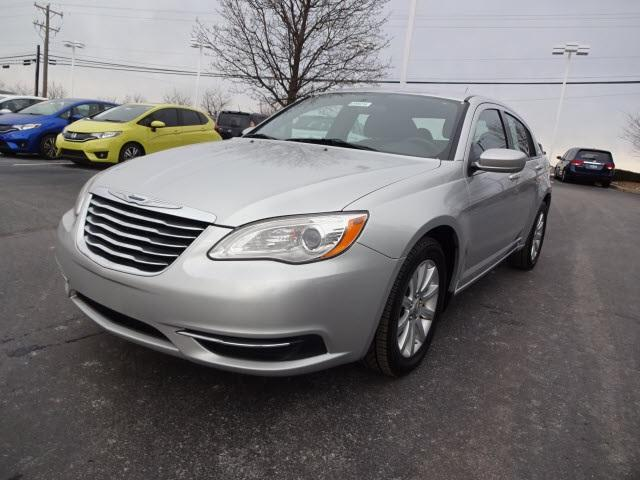Chrysler 200 LX 2011