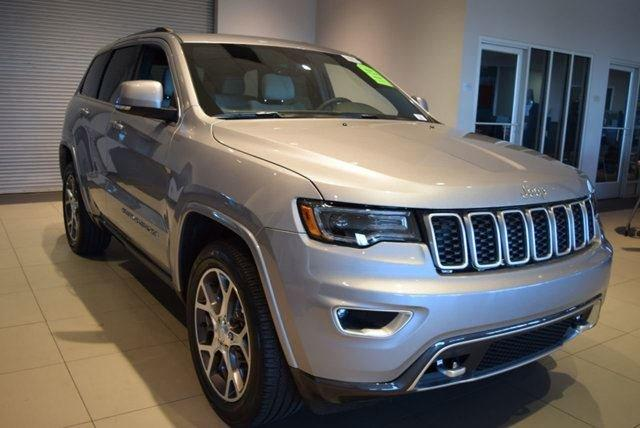 Jeep Grand Cherokee Sterling Edition 4x2 2018