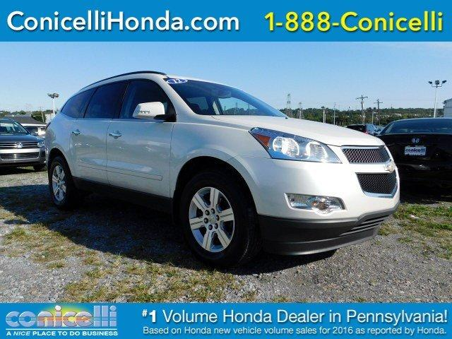 Chevrolet Traverse LT with 1LT 2012