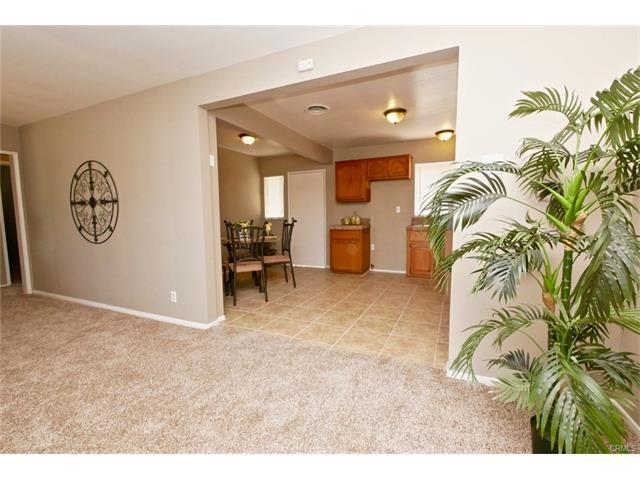 REMODELED 3 Bedroom, 1 Bath 1,051 square feet