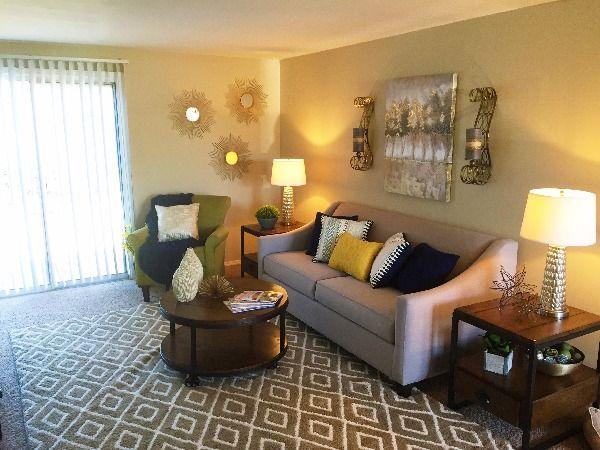 $1190 Three bedroom Apartment for rent