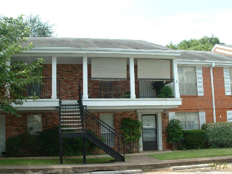 $1010 Two bedroom Apartment for rent