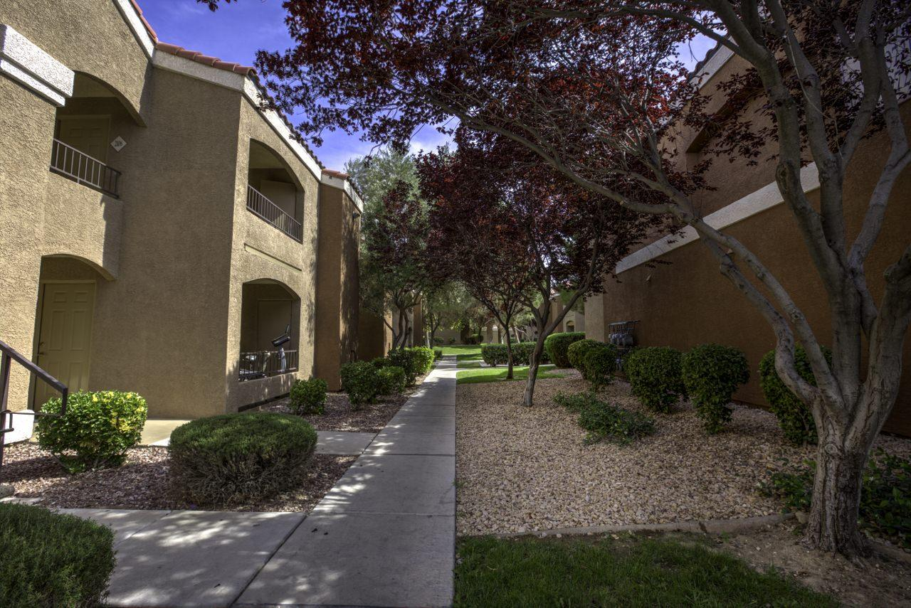 $1920 Three bedroom Apartment for rent