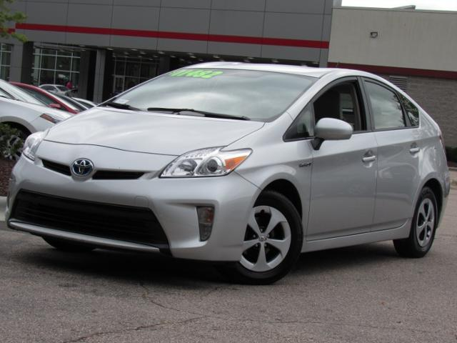 Toyota Prius 5dr HB Two 2012