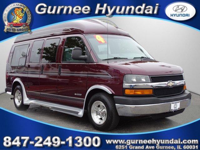 Chevrolet Express Passenger LS 2004