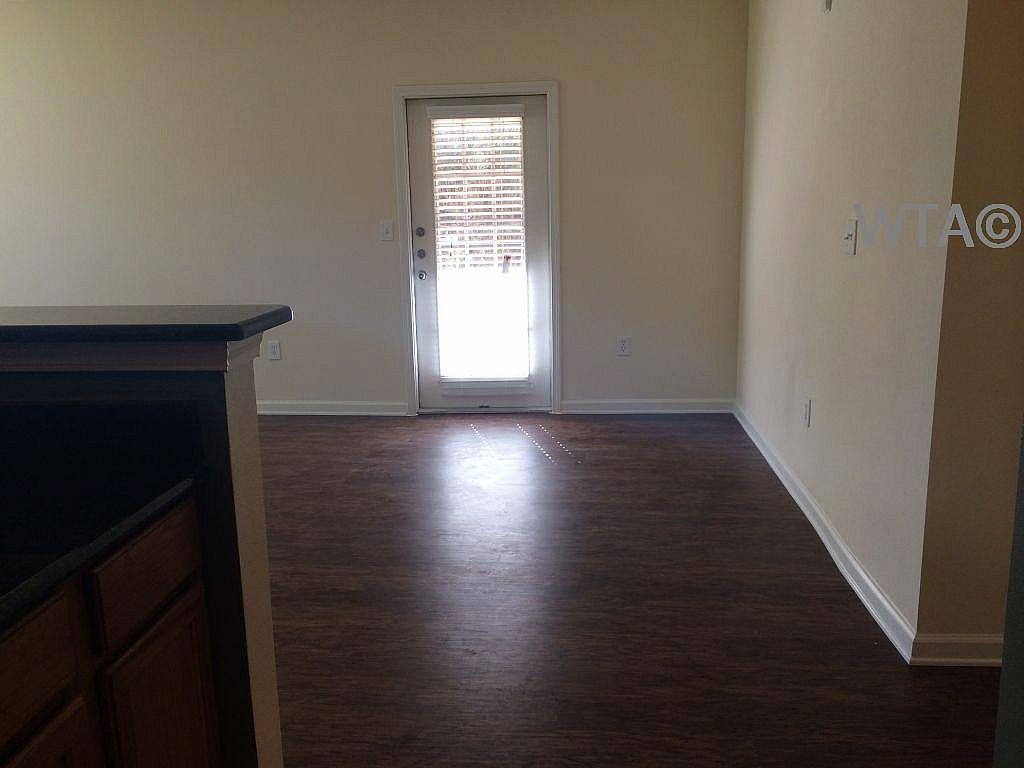 $1295 Two bedroom Apartment for rent