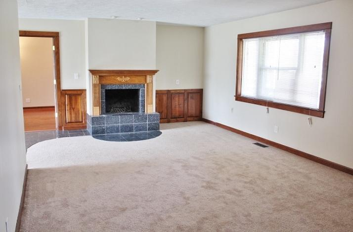 $1112 Three bedroom Apartment for rent