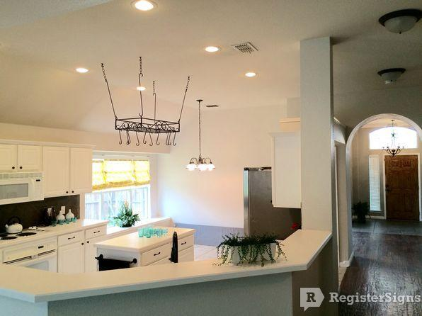 $2100 Three bedroom House for rent
