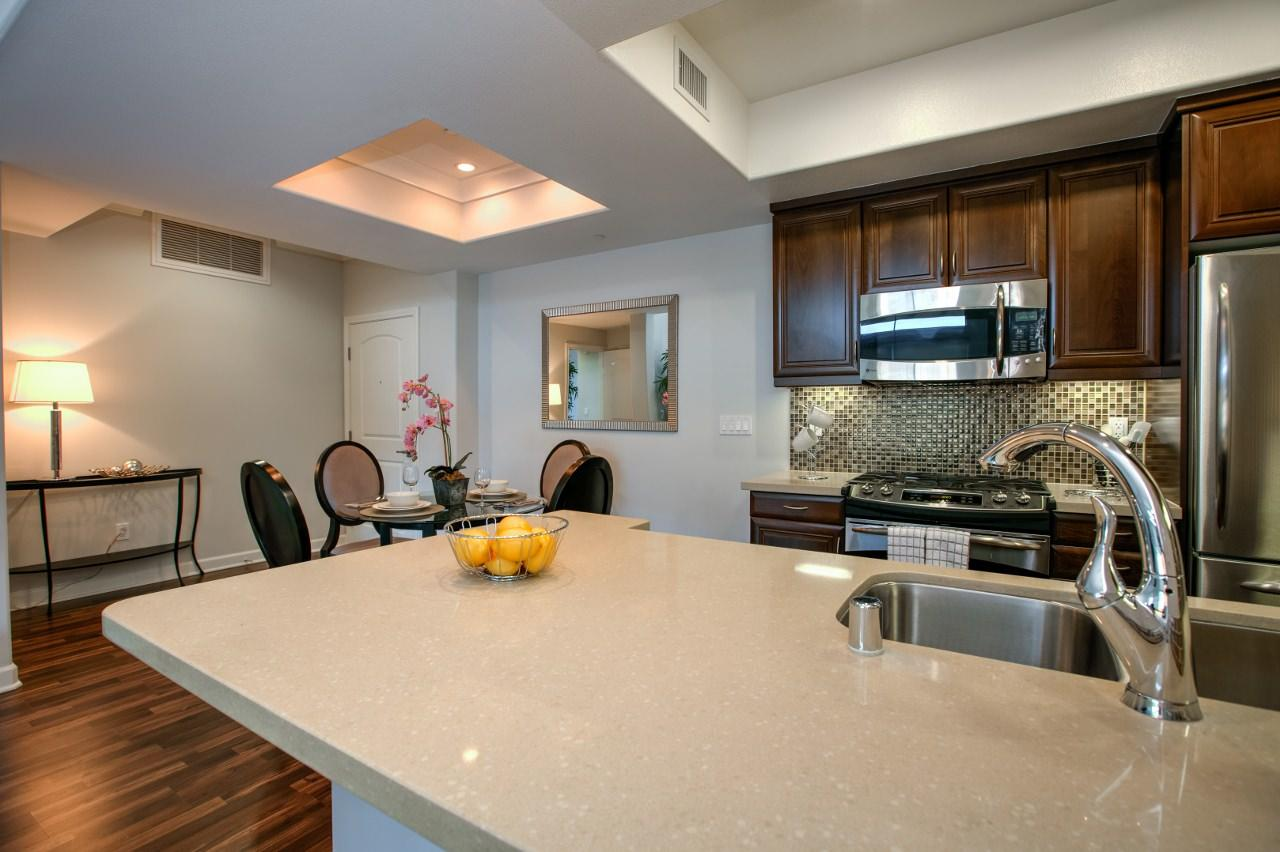 $5550 Two bedroom Apartment for rent