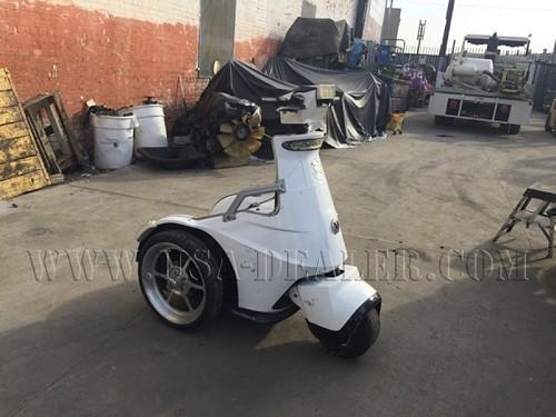 T3 MOTION 3 WHEEL SCOOTER