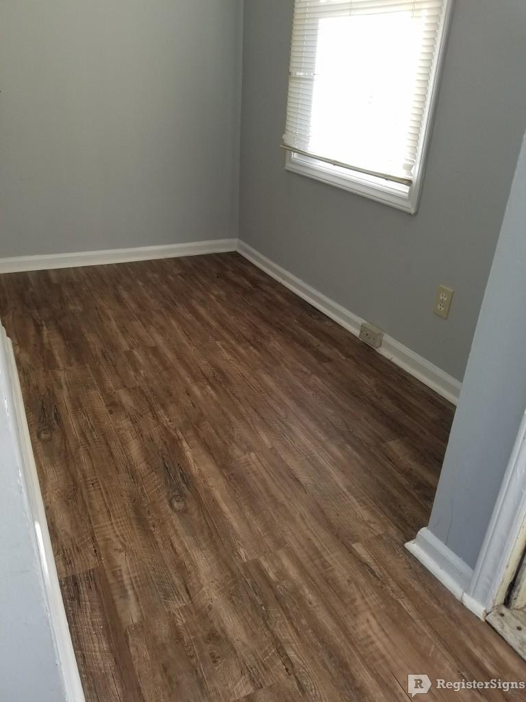 $800 Three bedroom Townhouse for rent