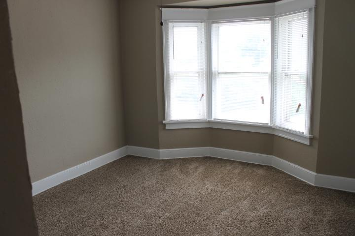 $1135 Four bedroom Apartment for rent