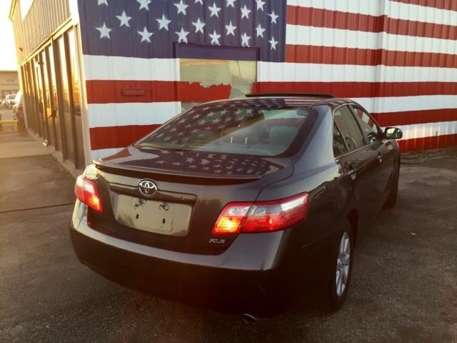 Looking to sell my 2007 Toyota camry LE