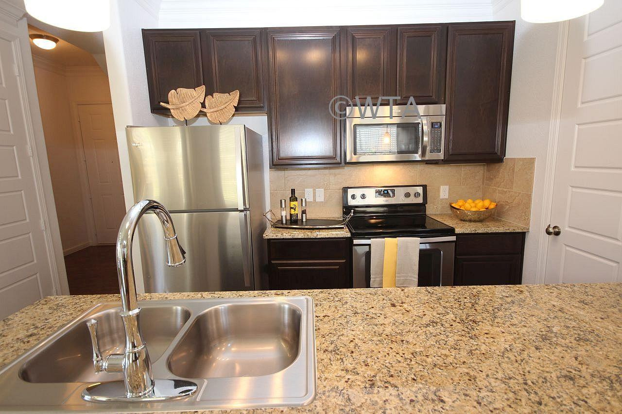 $2172 Three bedroom Apartment for rent