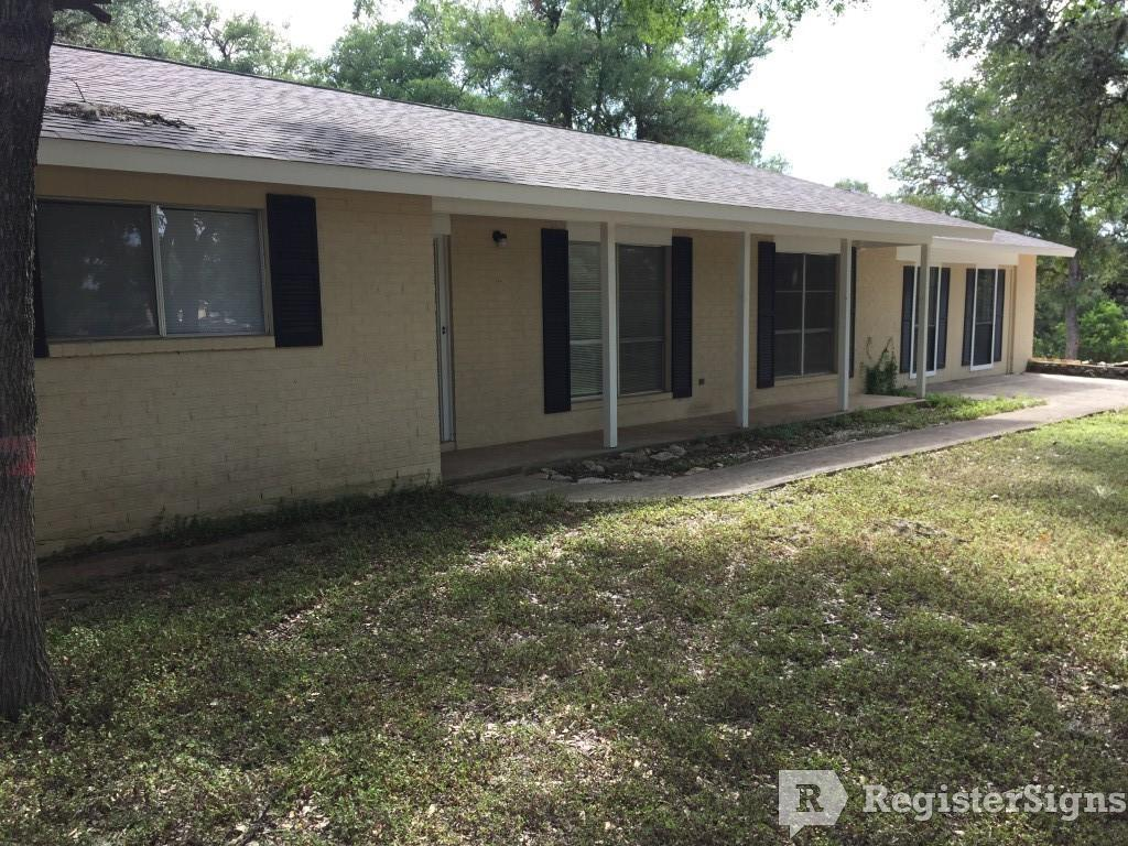 $1300 Three bedroom Townhouse for rent