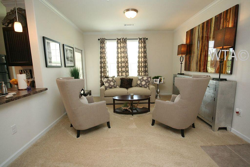 $1420 Three bedroom Apartment for rent
