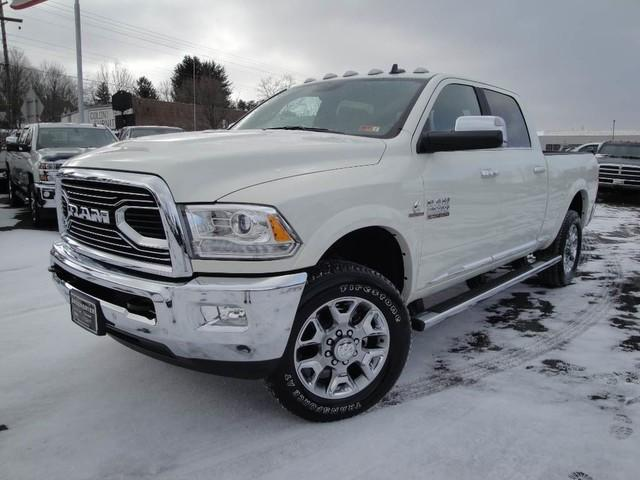 Ram 2500 RAM 2500 LIMITED CREW CAB 4X4 6'4 BOX 2018