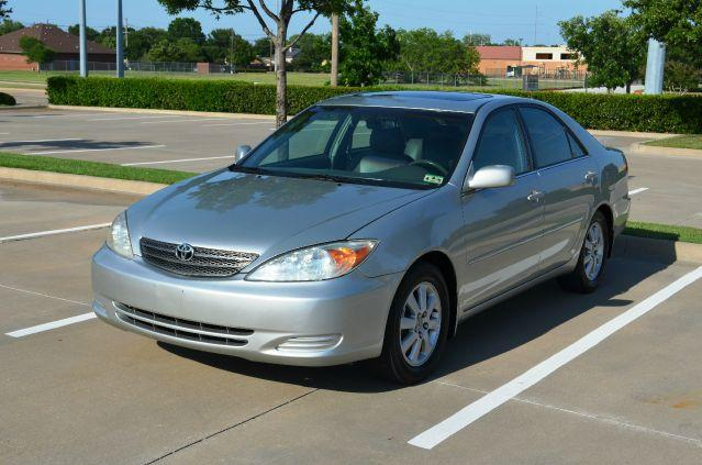 Silver 2002 Toyota Camry LE