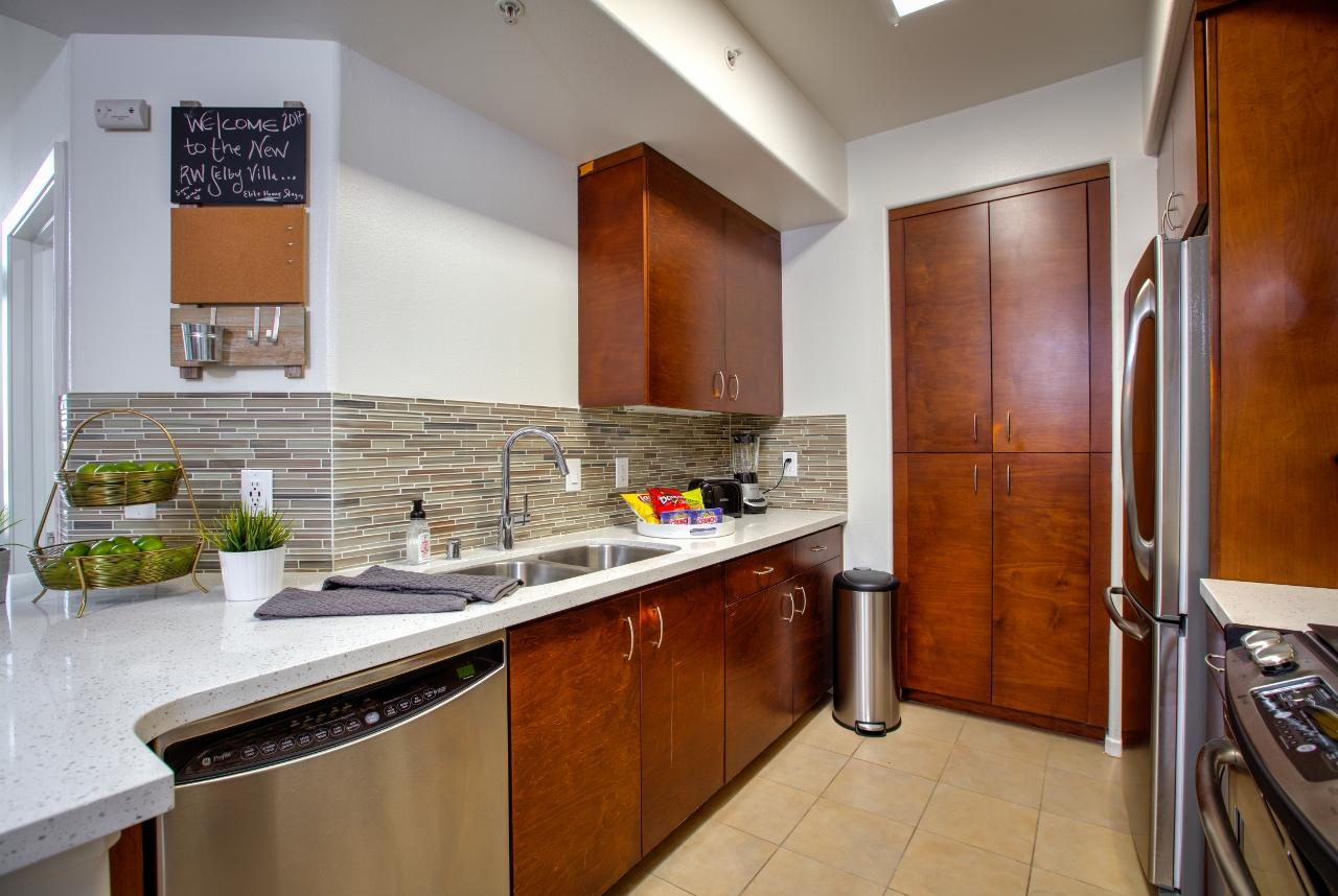 $5865 Two bedroom Apartment for rent