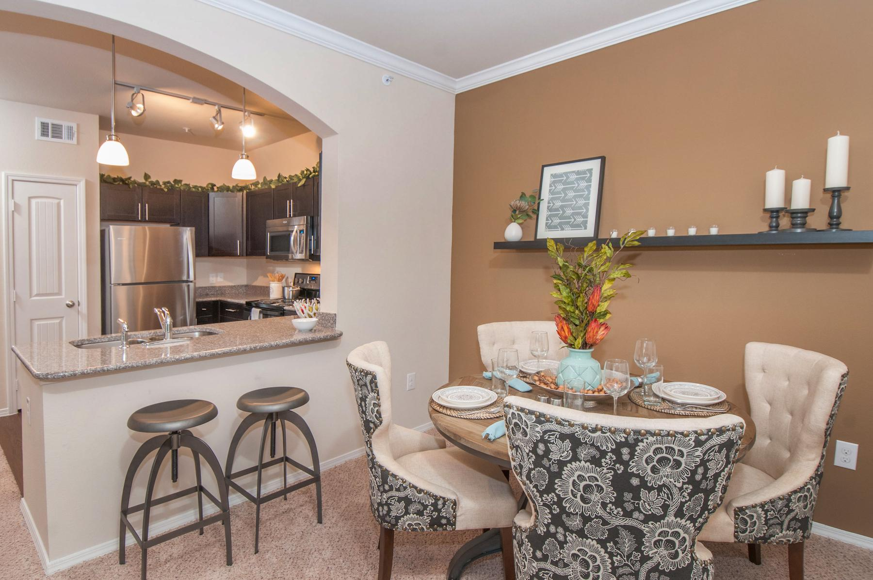 $2435 Three bedroom Apartment for rent