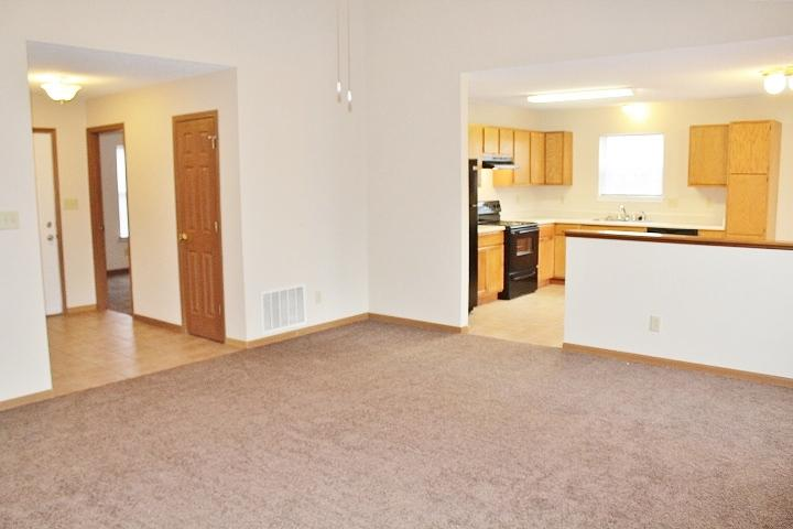 $1150 Three bedroom Apartment for rent