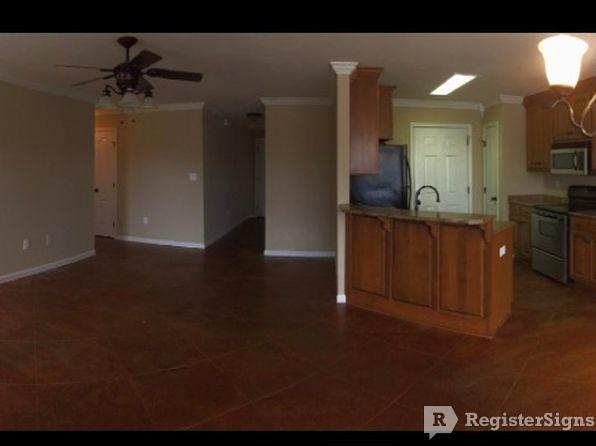 $875 Three bedroom Townhouse for rent