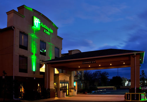 Holiday Inn Hotel & Suites Opelousas