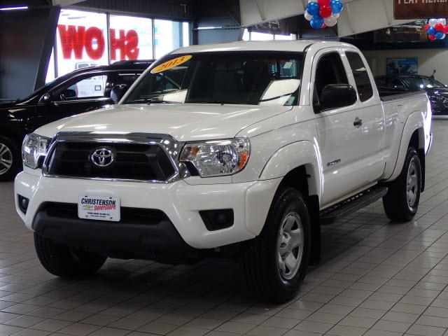 Toyota Tacoma SR5 2013