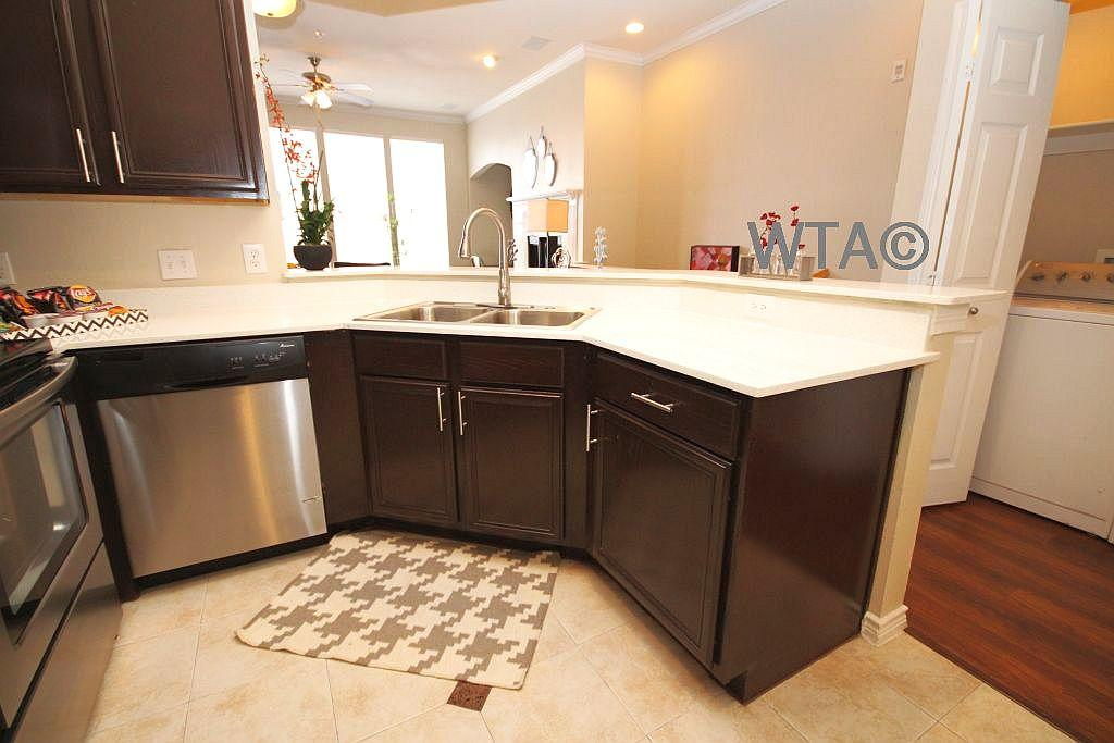 $1892 Four bedroom Townhouse for rent