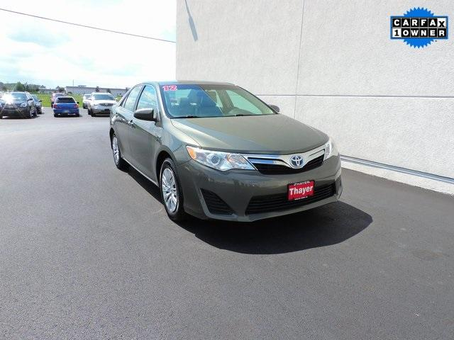 Toyota Camry Hybrid Hybrid LE 2012