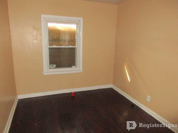 $800 Two bedroom House for rent