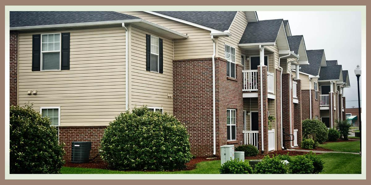 $966 Three bedroom Apartment for rent