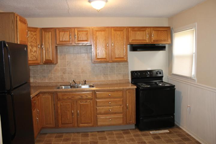 $865 Four bedroom Apartment for rent