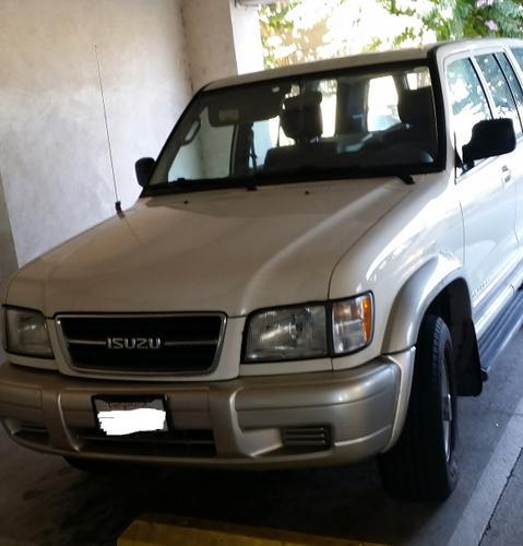 1999 Isuzu Trooper Automatic A/C PWR Window SUV White Excellent Condition 3500 OBO 184k