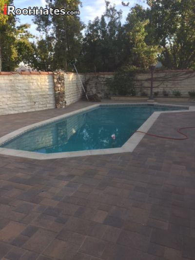 $900 Five+ bedroom House for rent