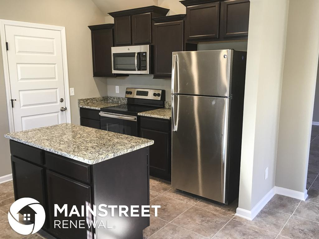 $1895 Four bedroom Apartment for rent