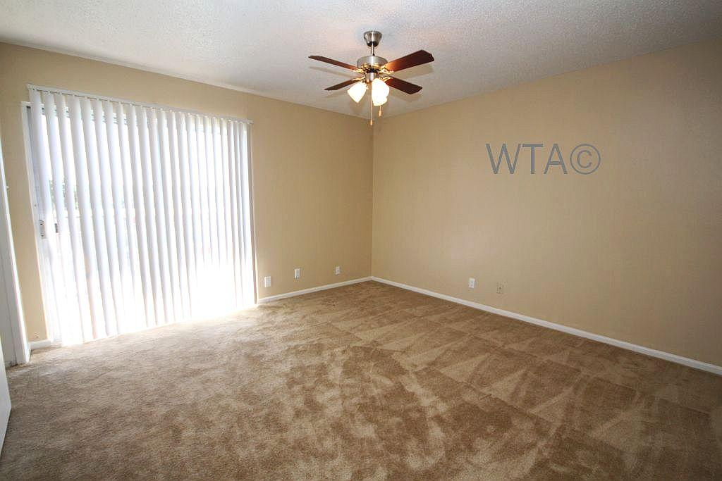 $839 Two bedroom Townhouse for rent