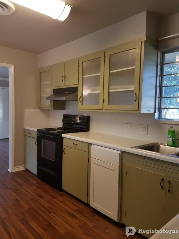 $1400 Three bedroom House for rent
