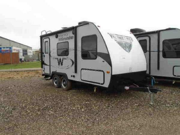 2017 Winnebago Micro Minnie 1706FB