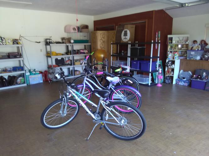 Moving/Garage Sale - Sugar Mill Country Club